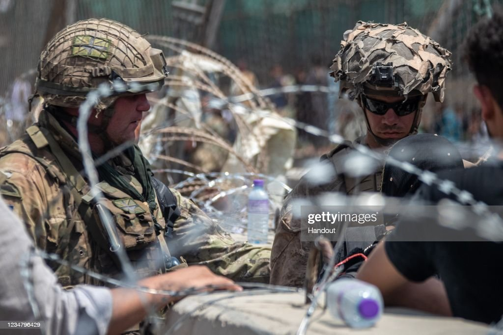 MOD Evacuations Out Of Kabul : Nieuwsfoto's