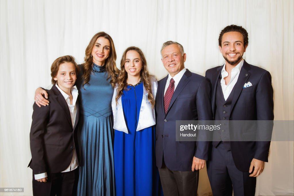 Jordan Royal Family Attend Princess Salma's Graduation : Nieuwsfoto's