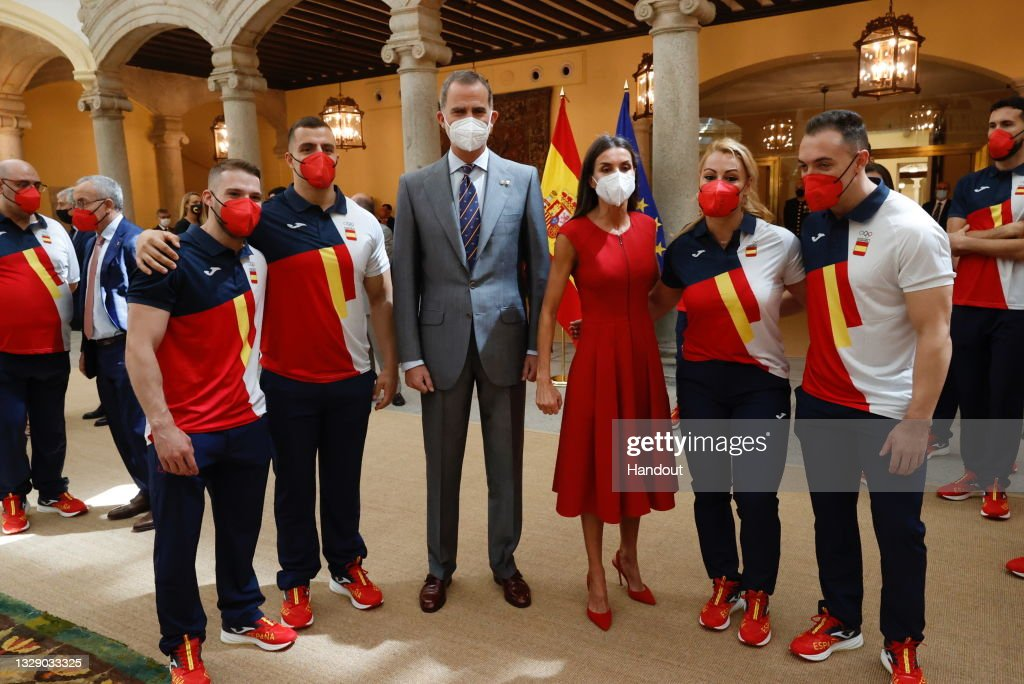 Spanish Royals Receive Athletes Before Their Trip To The Olympic Games Tokyo 2021 : ニュース写真