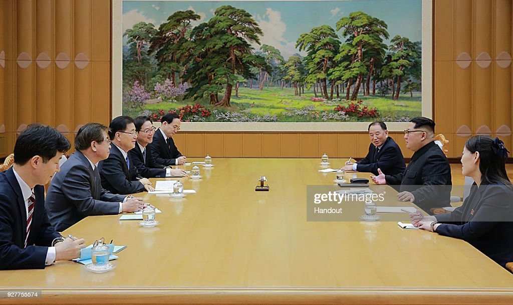 In this handout image provided by the South Korean Presidential Blue House, Chung Eui-Yong (3rd L), head of the presidential National Security Office talks with North Korean leader Kim Jong-Un (2nd R) during their meeting on March 5, 2018 in Pyongyang, North Korea. South Korean envoys are to visit North Korea for two days to discuss issues.