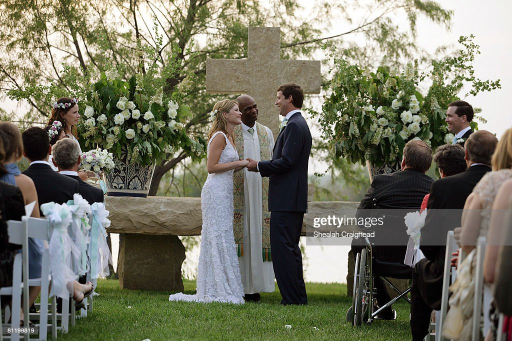 Jenna Bush and Henry Hager Wedding in Crawford, Texas : News Photo