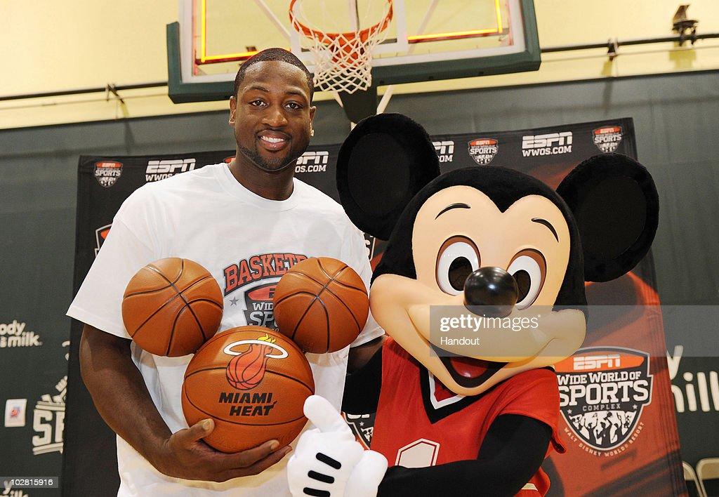 "Dwayne Wade ""Goes to Disney World!"" : News Photo"