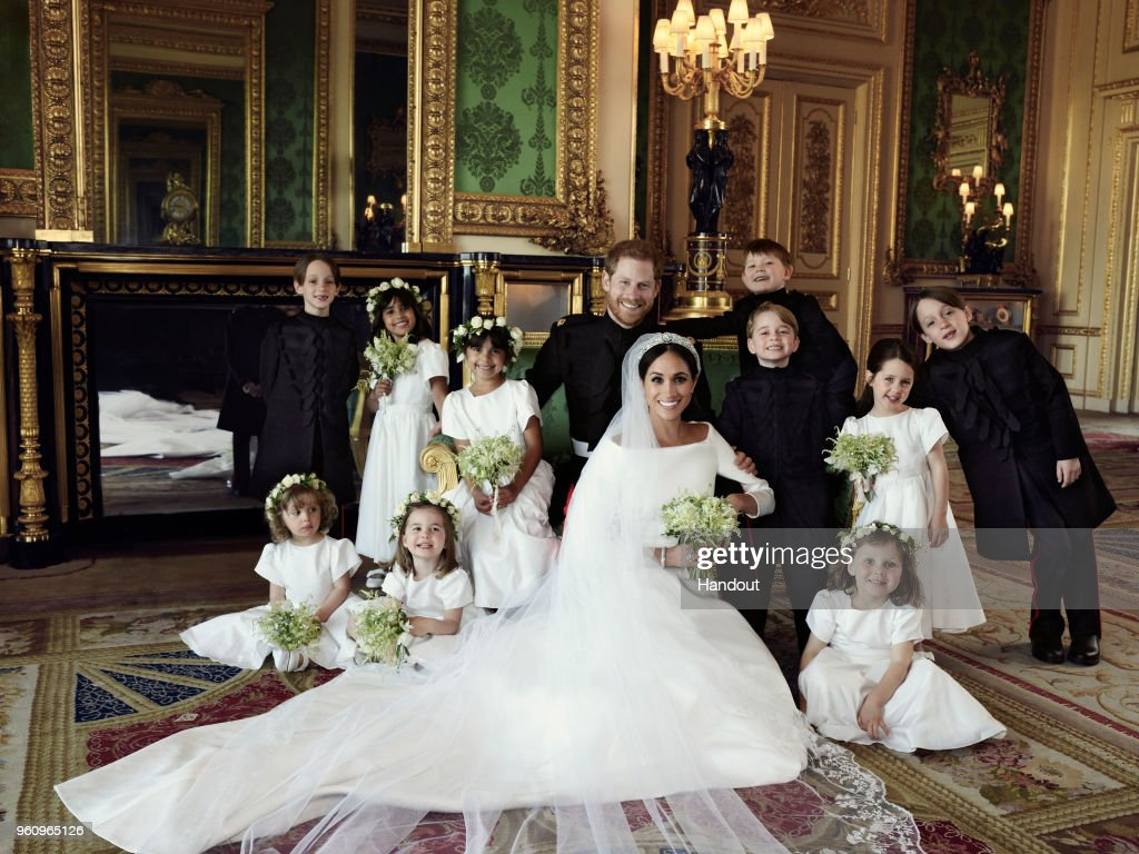 Official Royal Wedding Photographs Released : ニュース写真