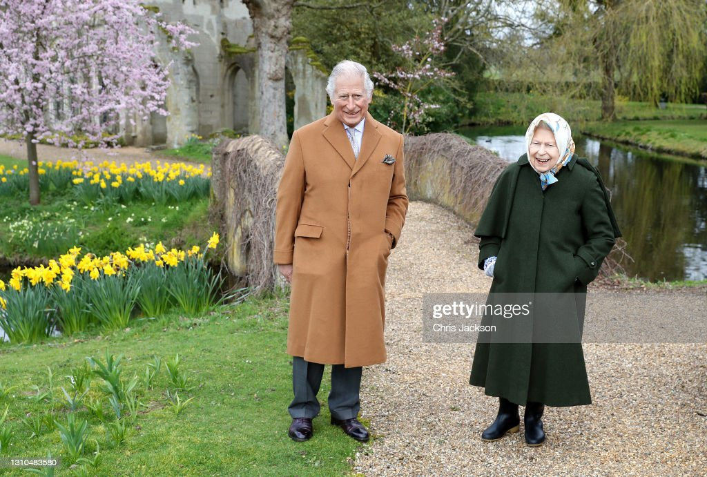 Official Pictures Of The Queen And The Prince of Wales : News Photo