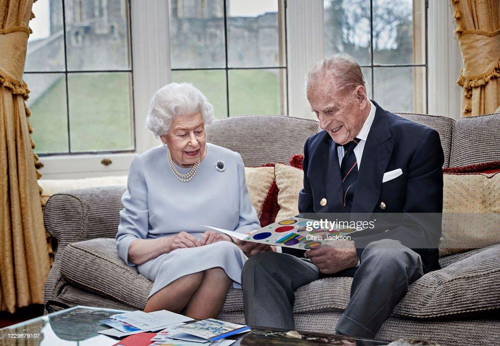 Queen & Duke Of Edinburgh 73rd Wedding Anniversary Official Portrait : News Photo