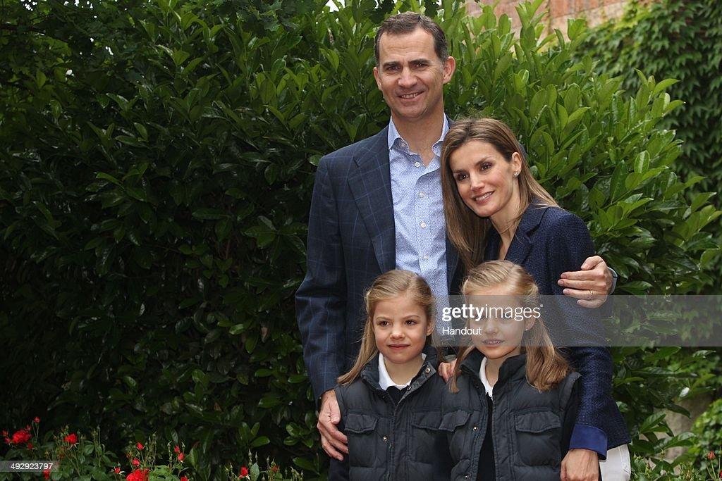 Spanish Royals celebrate their 10th Wedding Anniversary