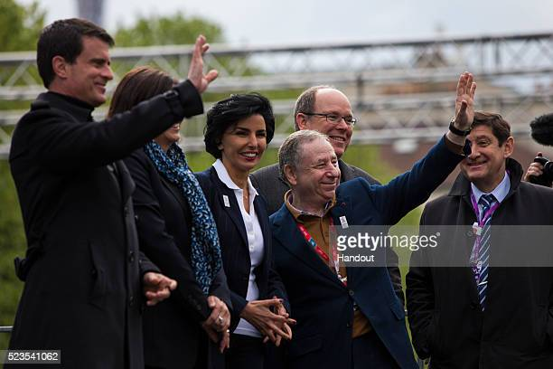 In this handout image supplied by Formula E Manuel Valls Prime Minister of France Jean Todt FIA President Anne Hidalgo Mayor of Paris and Albert II...