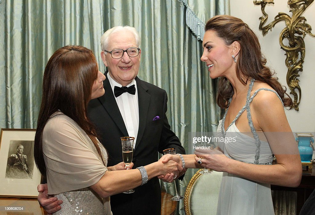 Catherine, Duchess Of Cambridge Attends 'In Kind Direct' Charity Event At Clarence House : Nachrichtenfoto