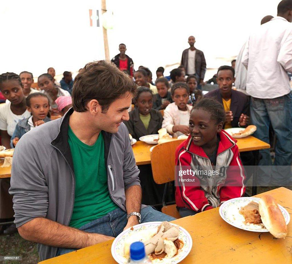 Roger Federer Visits Ethiopia : News Photo