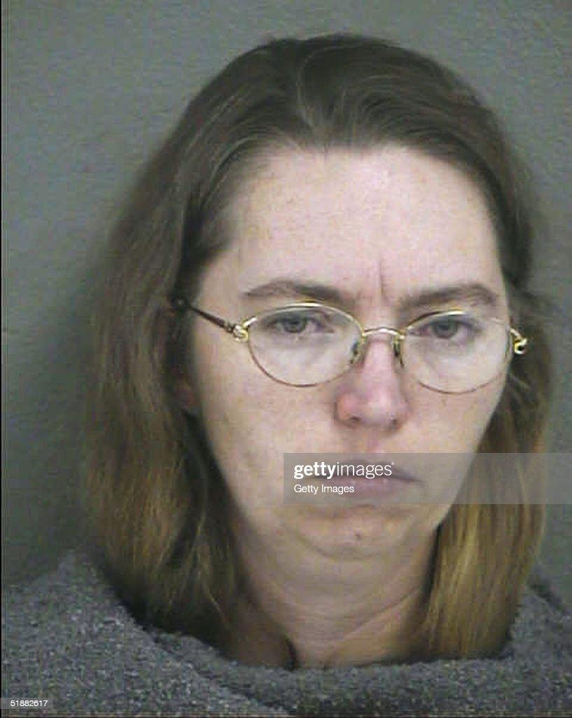 Lisa Montgomery Police Booking Photo : News Photo