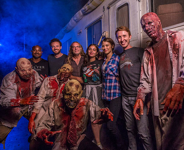 Walking Dead Cast Visit The Walking Dead House At Halloween Horror ...
