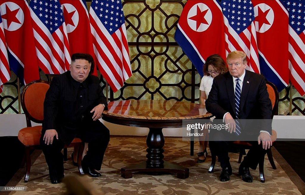 U.S. President Trump And North Korean Leader Kim Jong-un Meet In Hanoi : News Photo