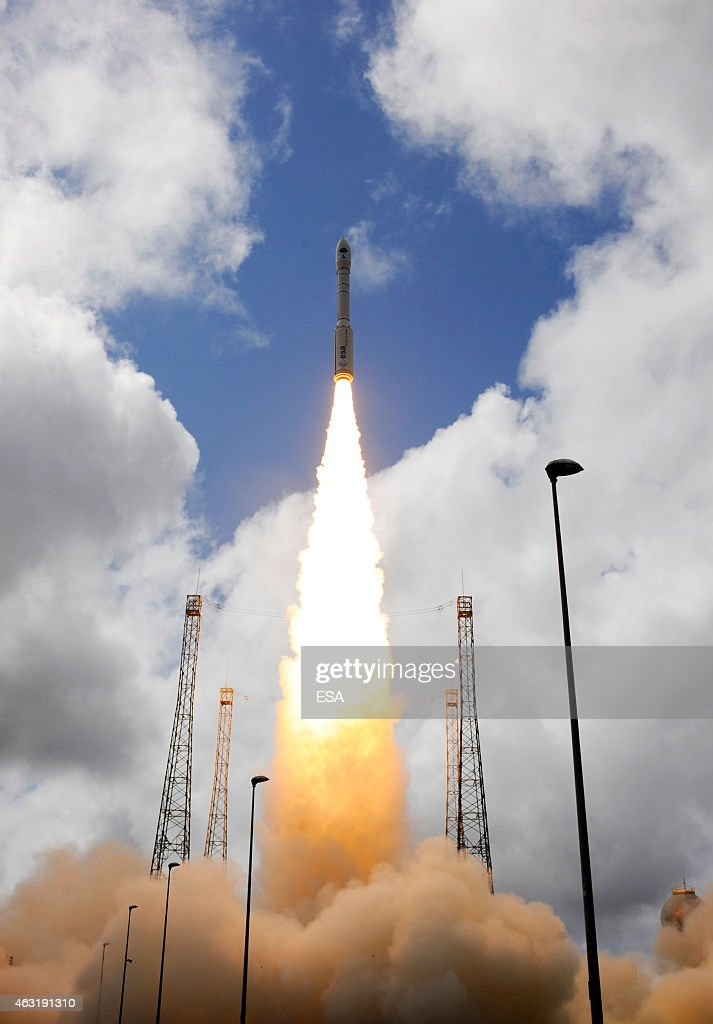 Vega VV04 Carrying ESA's Experimental Spaceplane, IXV, During Liftoff : News Photo