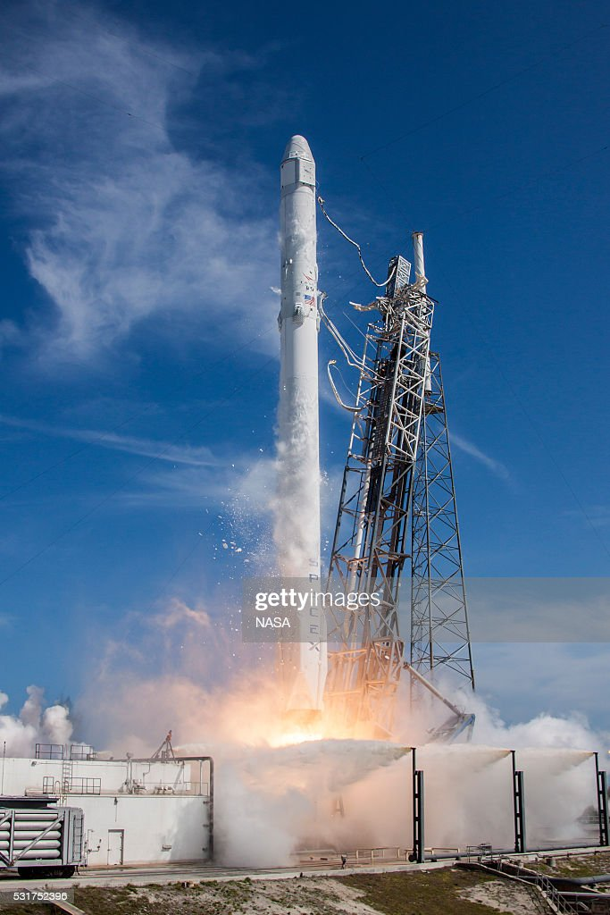 SpaceX: The Privately Funded Aerospace Company Founded By Elon Musk : ニュース写真