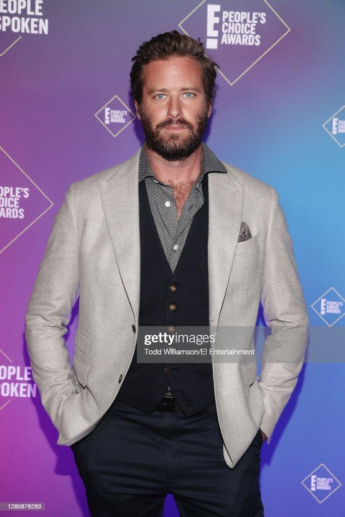 2020 E! People's Choice Awards - Backstage : News Photo