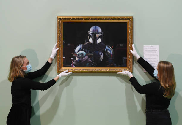 GBR: Disney+ & The National Portrait Gallery Unveil 'The Mandalorian and The Child' Portrait