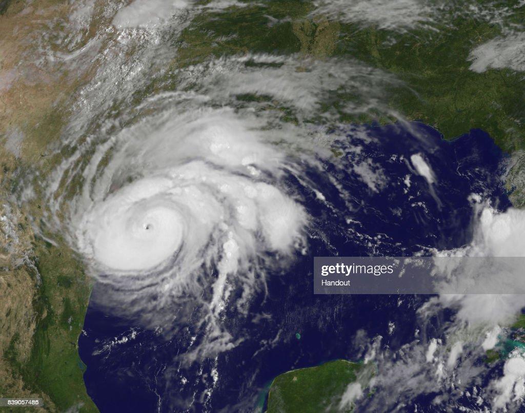 Hurricane Harvey Reaches Texas' Gulf Coast : News Photo