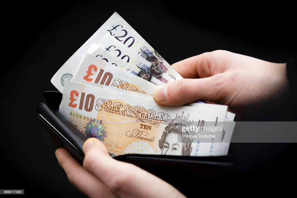 Pound Sterling Banknotes : News Photo