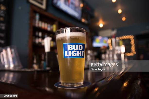 World S Best Bud Light Stock Pictures Photos And Images