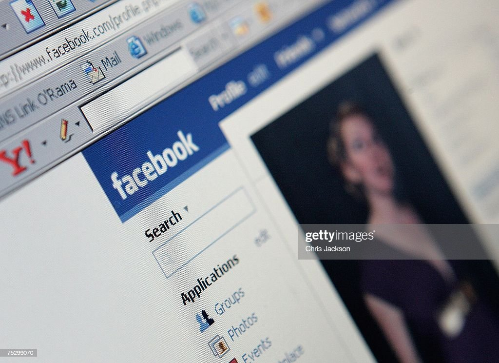 Popularity Of Social Networking Website Grows : News Photo