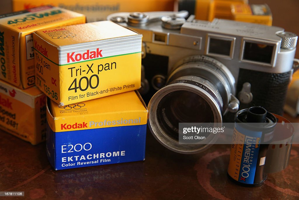 Kodak Agrees To Sell Camera And Film Division : News Photo