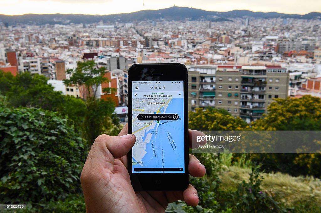 Barcelona Cabs Strike Against Uber Taxi App : News Photo