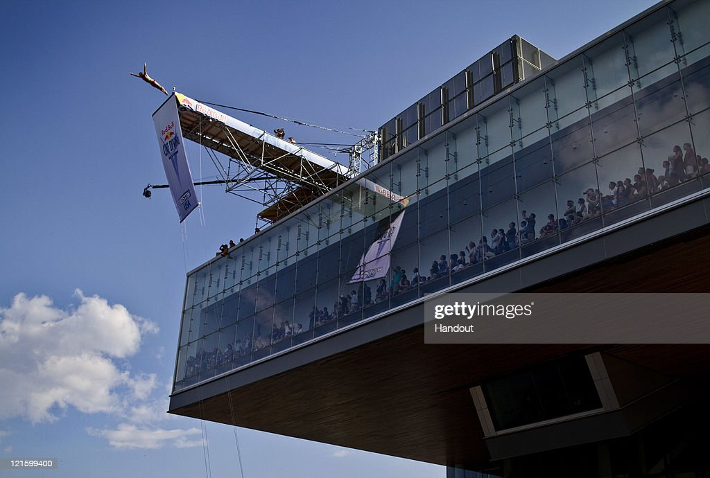 Red Bull Cliff Diving World Series 2011 : News Photo
