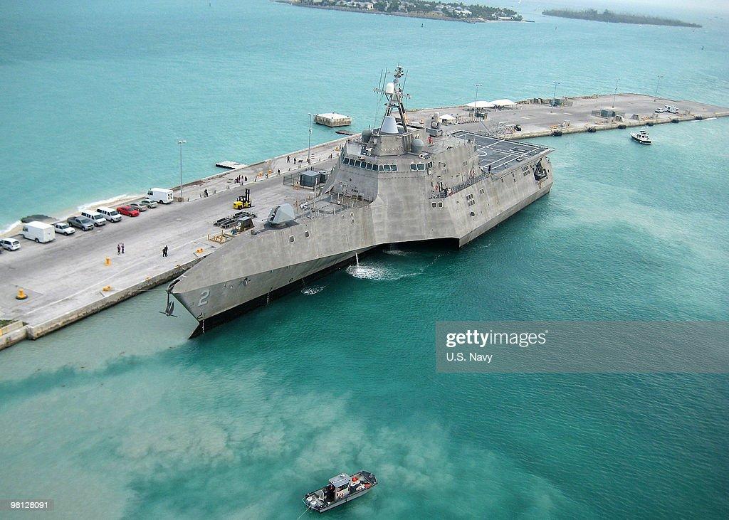 USS Independence : News Photo