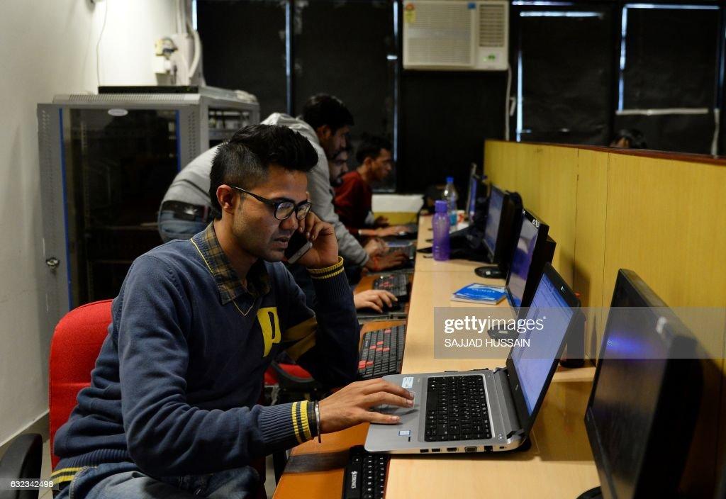 INDIA-ECONOMY-TECHNOLOGY : News Photo