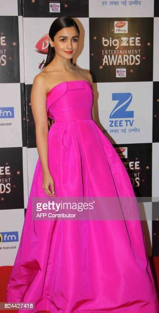 In this photograph taken on July 29 Indian Bollywood actress Alia Bhatt attends the BIG ZEE Entertainment Awards 2017 ceremony in Mumbai / AFP PHOTO...