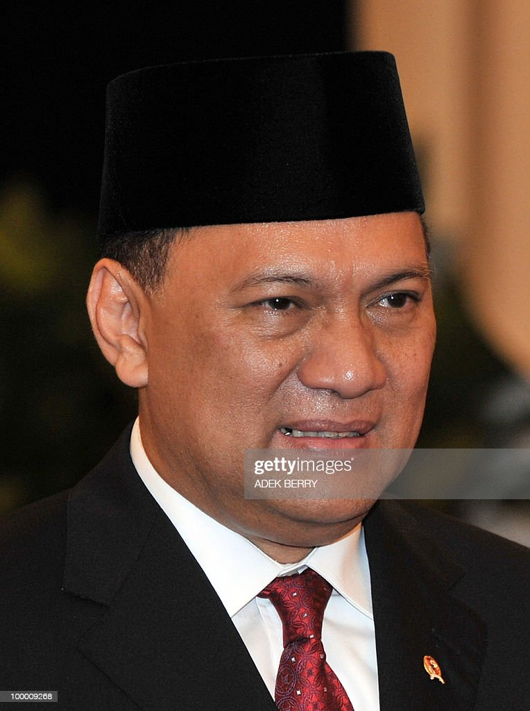 In this picture shows Incoming Finance Minister Agus Martowardojo during the swearing in ceremony at the presidential palace in Jakarta on May 20, 2010. Indonesia's new finance minister faces an uphill struggle to restore investor's confidence after the shock resignation of his respected predecessor, analysts said. President Susilo Bambang Yudhoyono appointed PT Bank Mandiri chief Agus Martowardojo late on May 19, to replace independent economist Sri Mulyani Indrawati, who resigned on May 4 for a top job at the World Bank.