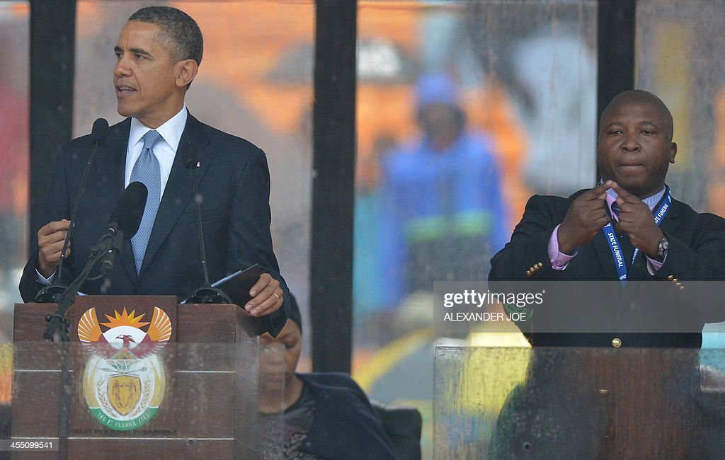 SAFRICA-MANDELA-MEMORIAL-DISABLED-DEAF : News Photo