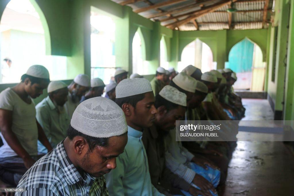 BANGLADESH-MYANMAR-ROHINGYA-HEALTH-VIRUS : News Photo