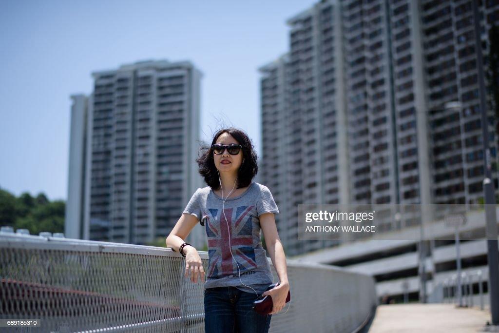 HONG KONG-CHINA-BRITAIN-POLITICS-HISTORY-CULTURE-HANDOVER : News Photo