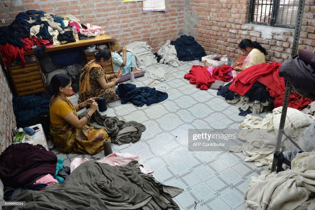 INDIA-ECONOMY-BUSINESS : News Photo