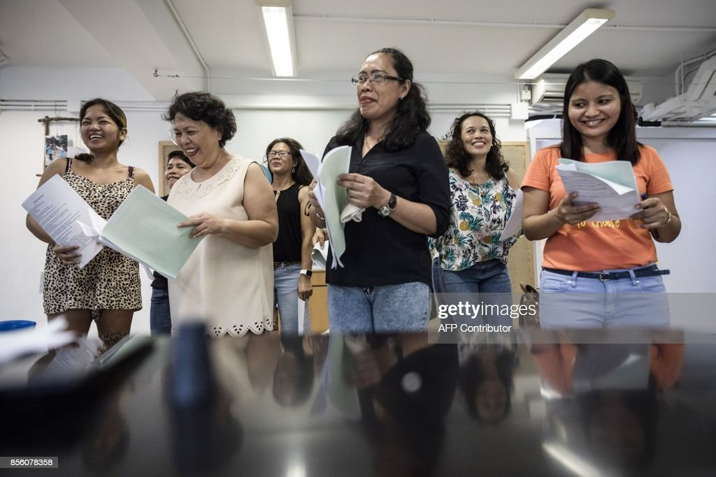 HONG KONG-PHILIPPINES-MUSIC-SOCIAL-FILM-MAIDS : News Photo