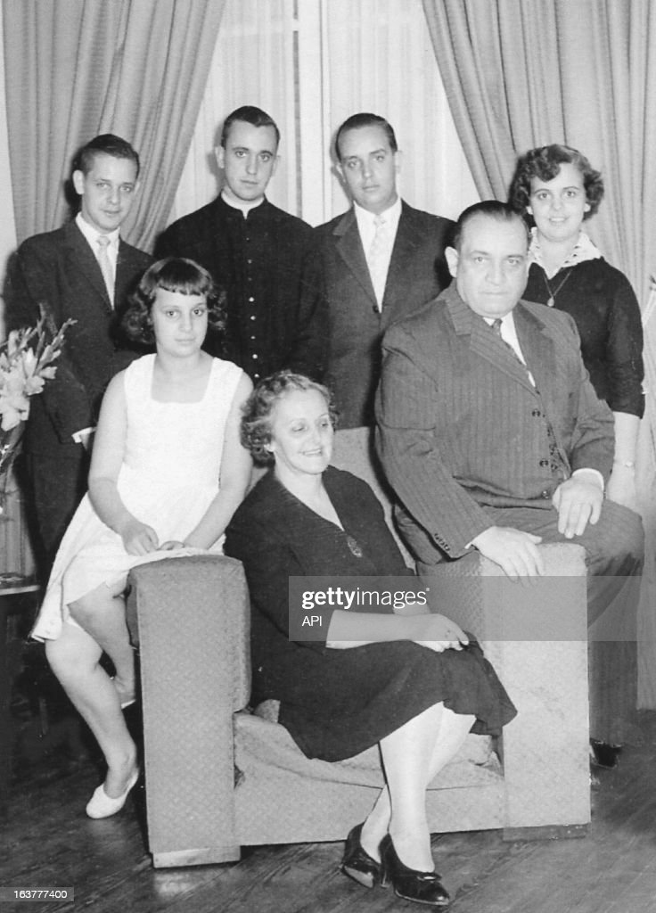 In this undated photo courtesy of Ediciones B from the book 'El jesuita: la historia de francisco, el Papa argentino' by authors Sergio Rubin and Francesca Ambrogetti, (L - R) standing, brother Alberto Horacio, Jorge Mario Bergoglio, Oscar Adrian and sister Marta Regina, sitting, sister Maria Elena, mother Regina Maria Sivori and father Mario Jose Francisco.