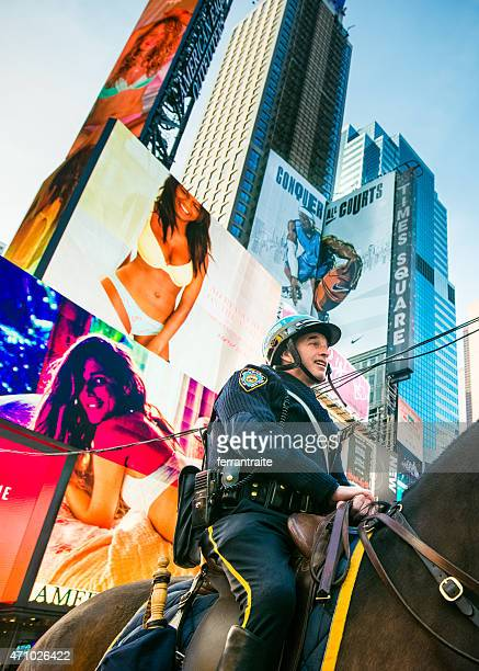nypd in times square new york - law enforcement appreciation stock pictures, royalty-free photos & images