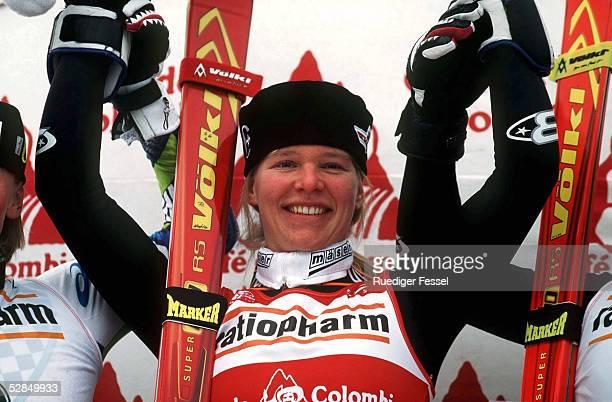 WC 1997 in Val d' Isere 15201297 /WELTCUP 1997 Katja SEIZINGER/GER Jubel