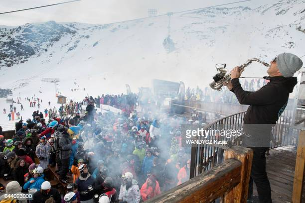In Val Thorens in the french Alpes the disco La Folie douce the trendy outdoor bar for the skiers on january 22 2017