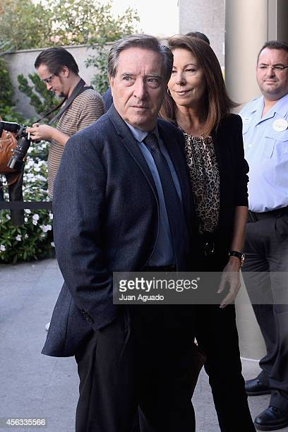 Inaki Gabilondo attends at Parque San Isidro Cemetery following the death of Miguel Boyer on September 29 2014 in Madrid Spain Spanish politician...