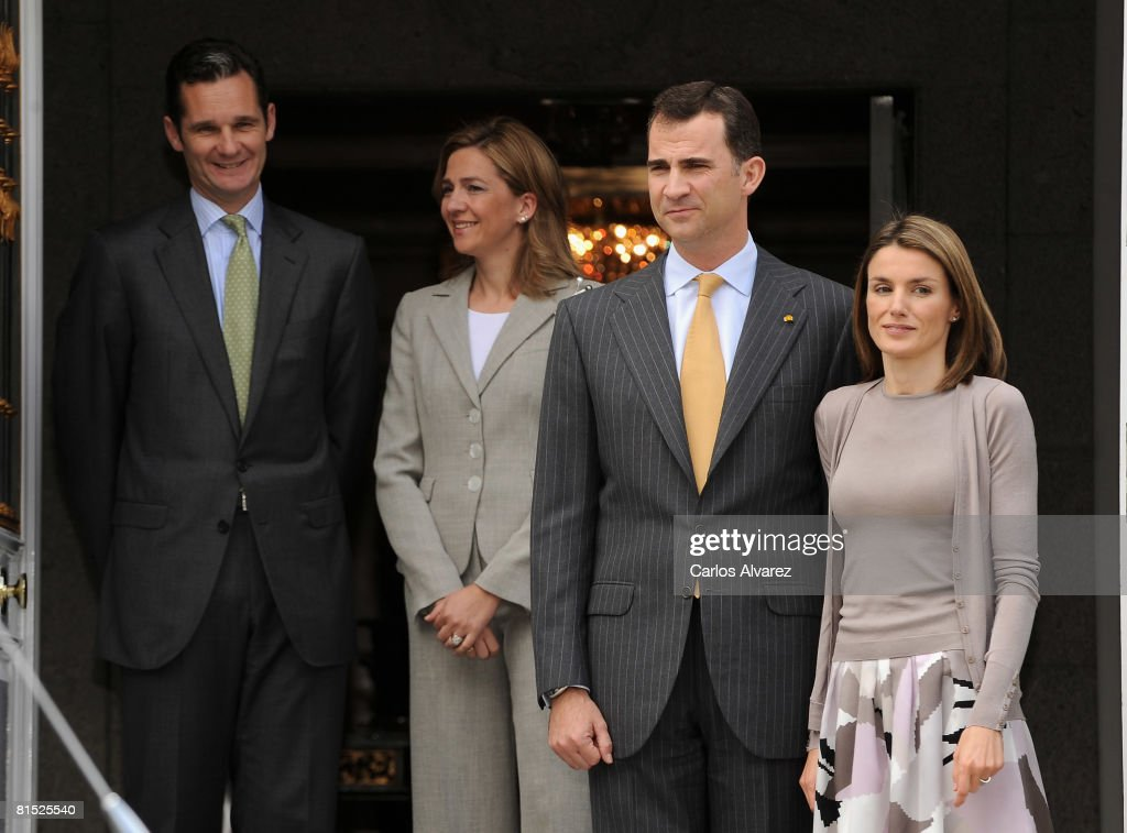 Spanish Royals Receive Mexican President for Lunch at Zarzuela Palace : News Photo