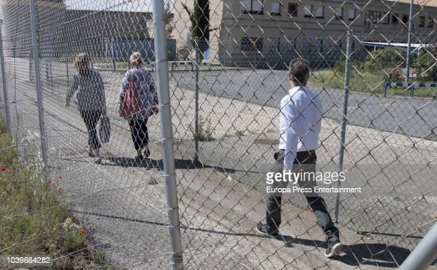 Inaki Urdangarin's sisters Laura Urdangarin and her husband and Ana Urdangarin are seen visiting Inaki Urdangarin at prison