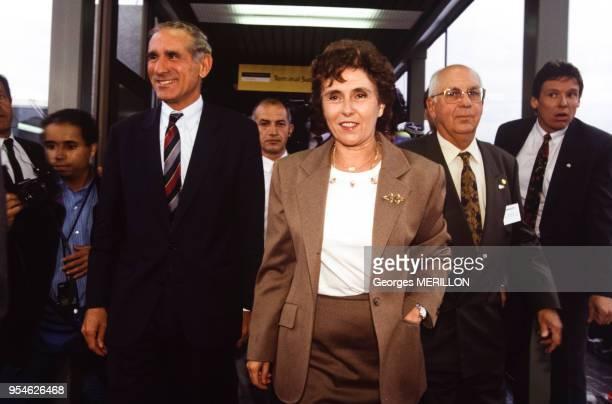 Inauguration de l'Orlyval par la 1er ministre Edith Cresson le 1er octobre 1991 Orly France