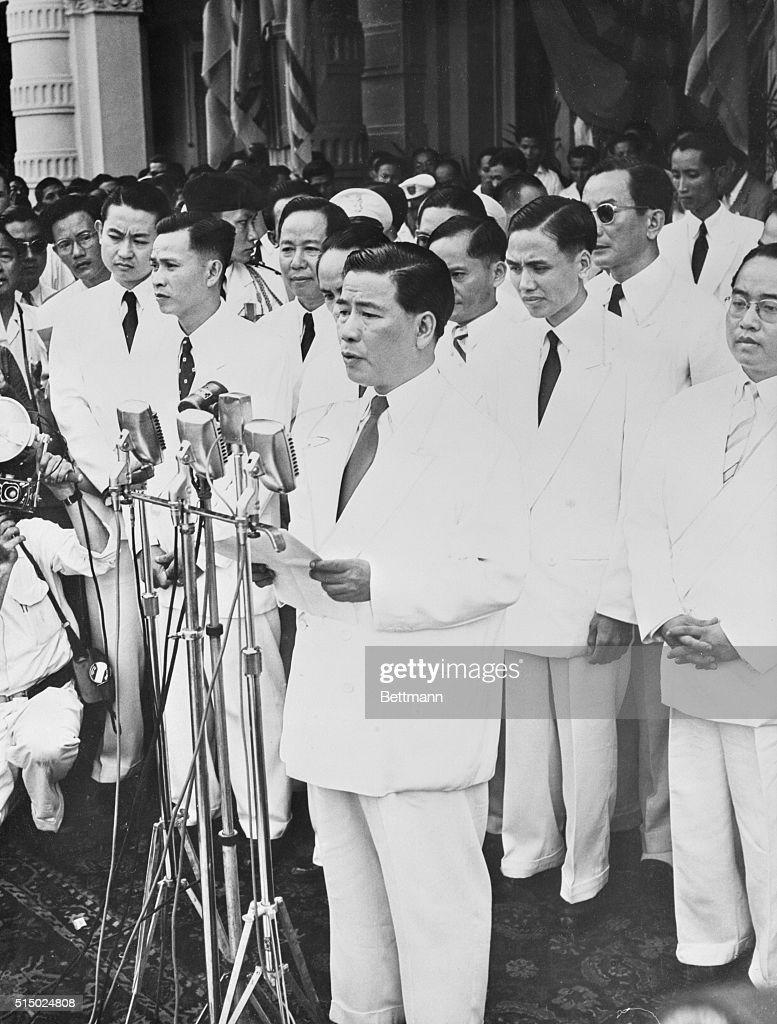 Inauguration of First President of Vietnam Republic. Saigon, South Vietnam: Ngo Dinh Diem, prime minister of Vietnam, is shown as he took the oath of office as first president of the Republic of Vietnam after the referendum that ousted Emperor Bao Dai and made Vietnam a republic. The Vietnamese voted 5,721,735 to 63,017 in favor of the republic.