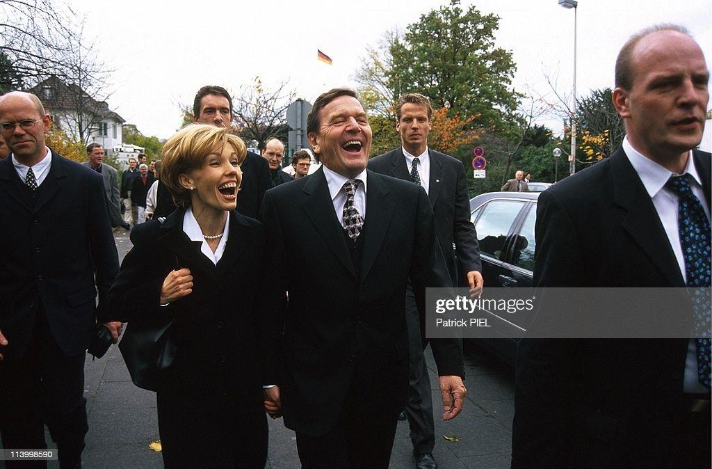 inauguration of gerhard schroder in bonn germany on october 27 1998 gerhard and - Gerhard Schroder Lebenslauf