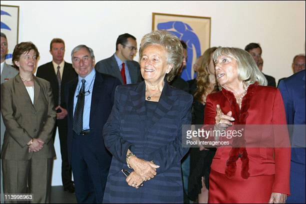 Inauguration of MatissePicasso exhibit at the Grand Palais In Paris France On September 17 2002 Mrs Bernadette Chirac and Maya Picasso 00458477
