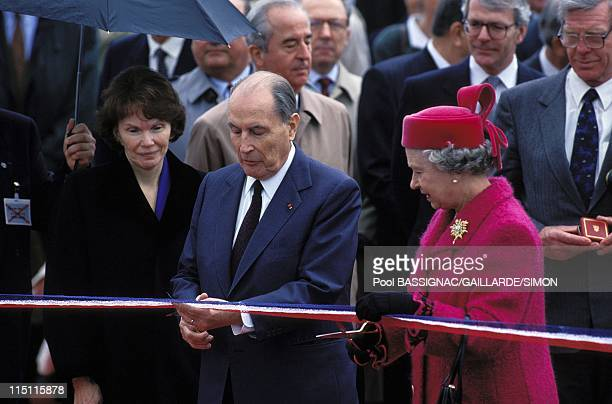Inauguration of the tunnel under Manche in France on may 06 1994 Daniele and Francois Mitterrand with Queen Elisabeth II