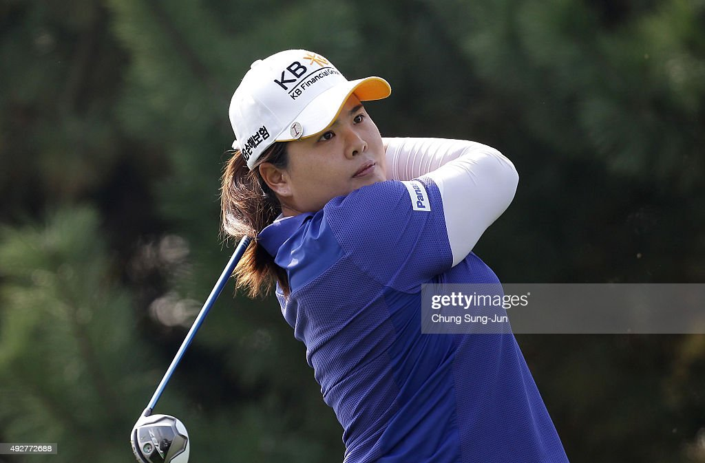 In-Bee Park of South Korea plays a tee shot on the 4th hole during the first round of LPGA KEB-HanaBank Championship at Sky 72 Golf Club Ocean Course on Ocober 15, 2015 in Incheon, South Korea.