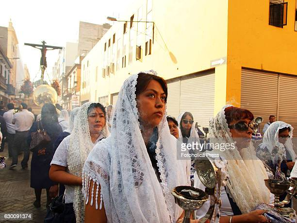 Incense burners at the first processional routes of the year took to the streets of Lima from the church of San Agustin on the fourth Sunday of Lent